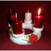 Kézi festésű kerámia adventi koszorú, 4 db adventi gyertyával