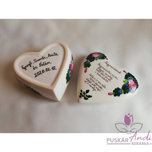 Szív alakú kis ékszertartó Nagymamának versikével