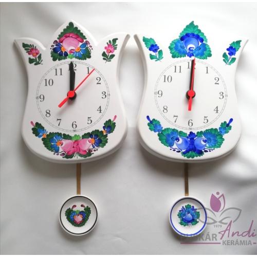 Tulipán alakú ingás óra