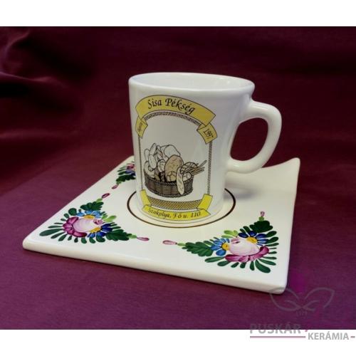 SISA Pékség céges ajándéka íves kávéscsésze, alátéttányérral