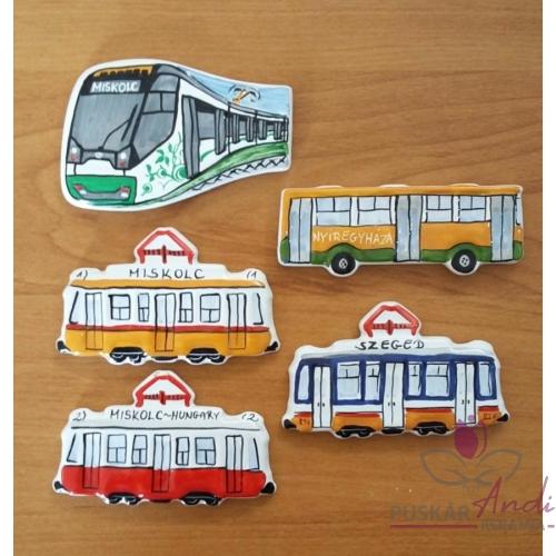 Szeged és Miskolc közlekedési járművei